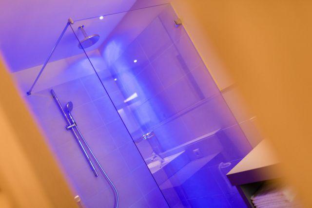Badezimmer-Atelier-oder-Familiensuite-Nr-4