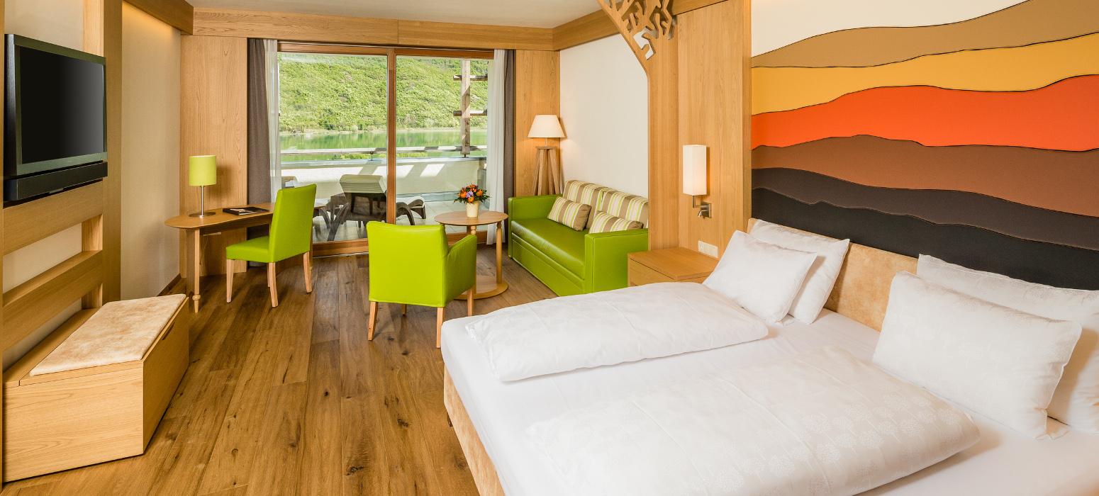 Zimmer mit Seeblick im Hotel Kalterer See