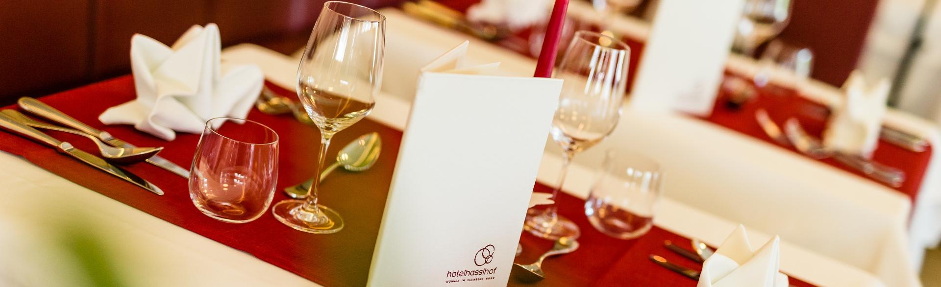 Speisesaal im Hasslhof: Das Kalterer See Hotel mit Gourmet Halbpension