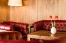 Hassl-Wine-Bar mit Lounge und Kaminecke_3