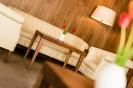 Hassl-Wine-Bar mit Lounge und Kaminecke_8