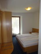Beispielbild: kleines Doppelzimmer im Stammhaus der Pension Hasslhof