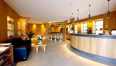 reception dell'hotel Hasslhof a Caldaro sul lago